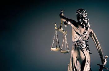Képezze az igazságügyben dolgozókat!